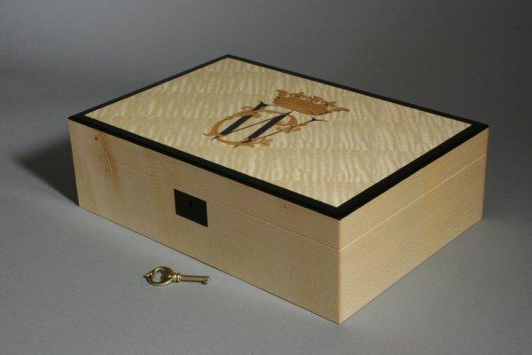 mẫu in hộp giấy thiết kế theo yêu cầu