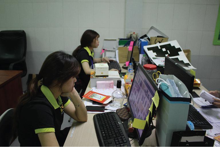 hoạt động sản xuất xưởng in trí phát
