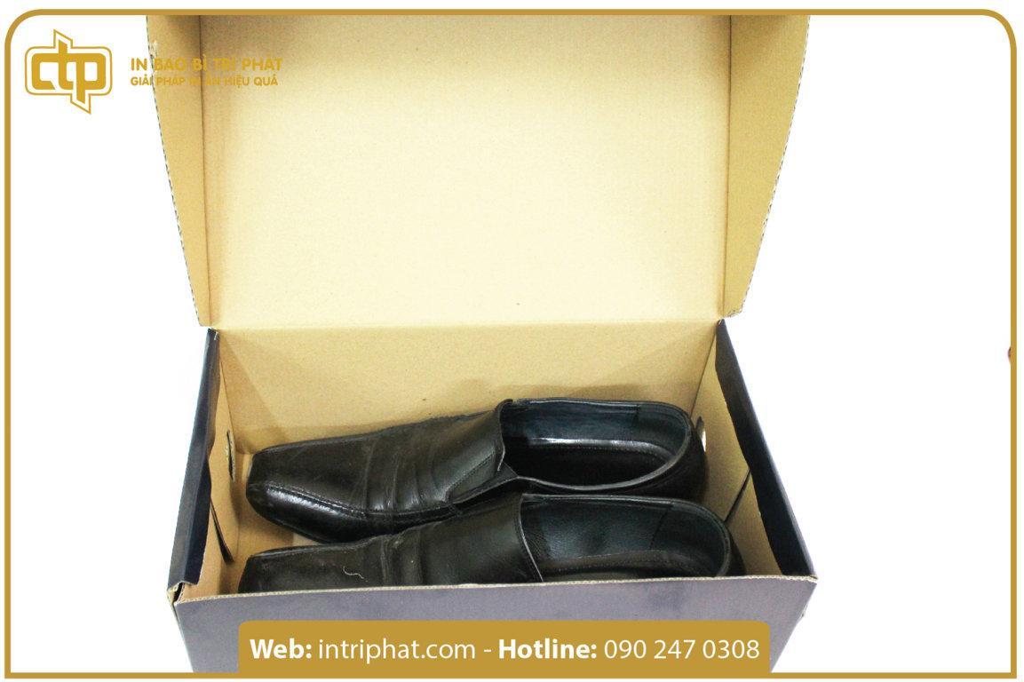 bán hộp đựng giày có sẵn in trí phát