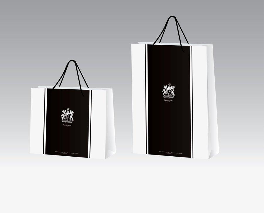In túi giấy thời trang bằng chất liệu giấy mỹ thuật