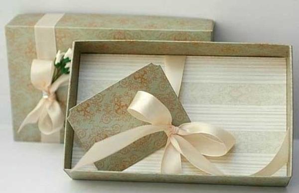 Mẫu in hộp quà tặng hcm