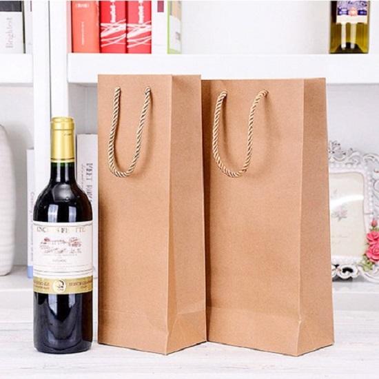 in túi giấy đựng rượu chất lượng