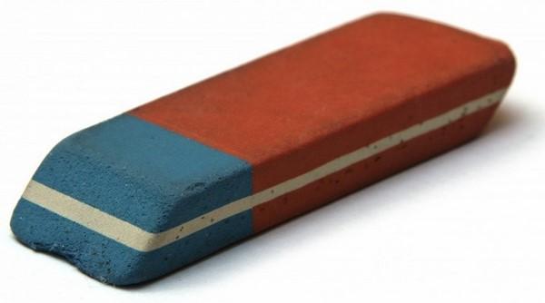 cách tẩy mực in trên giấy bằng gôm