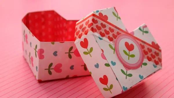 Cách xếp hộp giấy trái tim