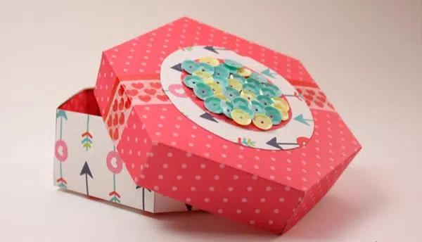 Cách xếp hộp giấy lục giác