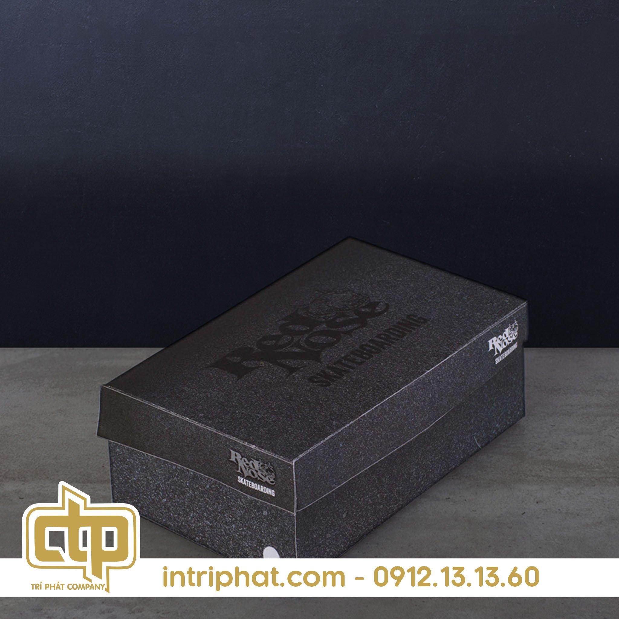 Mẫu hộp giấy đẹp đụng giày
